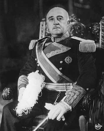 """Mi patria es mi infancia. """"Contra Franco vivíamos mejor """"(1)."""
